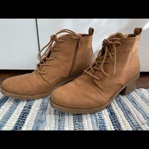 Like New Heeled Booties